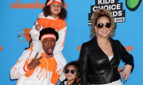 離婚後、元妻マライア・キャリーと子供たちと一緒にイベントに出席したニック・キャノン